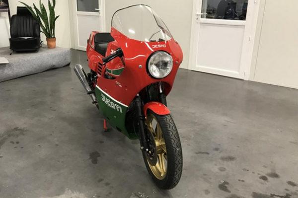 Ducati 900 MHR